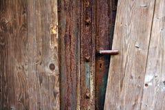 Doorstane houten deur Stock Foto's