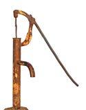 Doorstane oude oude roestige retro geïsoleerdee waterpomp Royalty-vrije Stock Fotografie