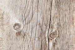 Doorstond het close-up natuurlijke oude hout raadstextuur met barstlijnen, krommen, wervelingen Oude oppervlakte Kan als prentbri Stock Fotografie