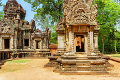 Doorway with carving of Thommanon temple, Angkor, Cambodia Royalty Free Stock Photos