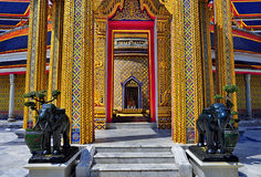 Doorway to the central chedi at Wat Ratchabopit Royalty Free Stock Images