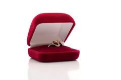 Doos met een ring Royalty-vrije Stock Foto's