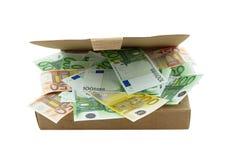 Doos met euro bankbiljetten Royalty-vrije Stock Foto's