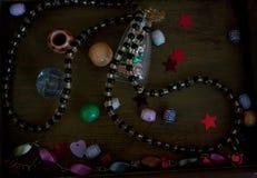 Doos met trinkets Royalty-vrije Stock Foto