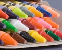 Doos van kleurpotloden Stock Foto