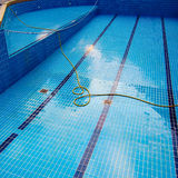Dopłynięcie pusty basen Zdjęcia Royalty Free