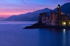 Dopo il tramonto nella città della spiaggia Fotografia Stock
