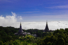 Doppel-Stupa Stockfoto