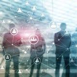 Doppelbelichtungsleute-Netzstruktur Stunde - Personalwesen Management und Einstellungskonzept lizenzfreie stockfotos