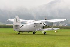 Doppeldecker - vorbildliches Biplane - Flugzeuge Stockfoto