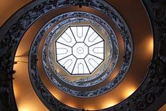Doppelhelix-Treppe lizenzfreie stockbilder