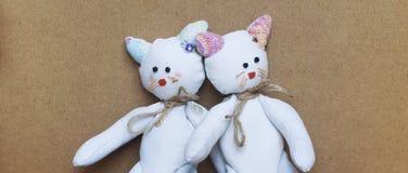 Doppelspielzeugkatzen Stockbild