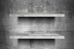 Doppelte leere konkrete Regale oberstesbereites zur Produktanzeigenmontage Stockfotografie