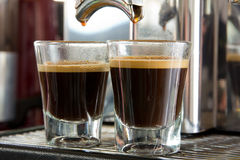 Doppelte Schussnahaufnahme des Espressos stockfotos