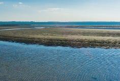 Doppelte Wasserlandschaftsmitteinsel Lizenzfreies Stockfoto