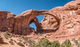 Doppelter Bogen im Bogen-Nationaldenkmal, Utah Stockbilder