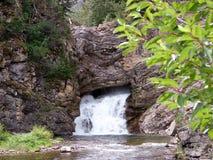 Doppelter Wasserfall im Spätsommer Lizenzfreies Stockfoto
