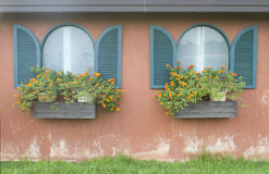 Doppeltes Fenster Stockfotos