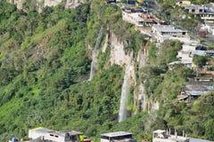 Doppelwasserfälle in Banos, Ecuador Lizenzfreies Stockbild