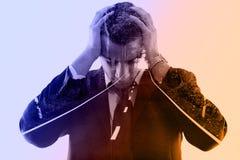 Doppia esposizione dell'uomo e della strada depressi di affari in natura Fotografia Stock Libera da Diritti
