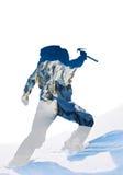 Doppia esposizione: siluetta di un alpinista che celebra il raggiro Immagini Stock
