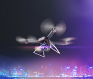 Doppia esposizione, volo telecomandato moderno del fuco dell'aria con la macchina fotografica di azione Su fondo nero 3d Fotografia Stock Libera da Diritti