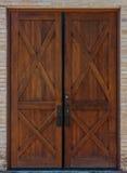 Doppia porta di legno rustica Fotografia Stock Libera da Diritti