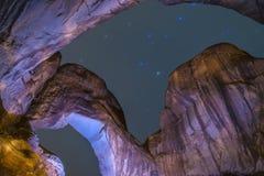 Doppio arco alla notte Moab Utah Fotografie Stock