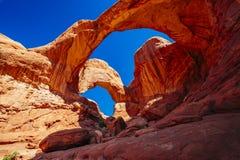 Doppio arco in arché parco nazionale, Utah, U.S.A. Immagine Stock Libera da Diritti