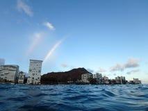 Doppio arcobaleno sopra il cratere di Diamondhead Fotografia Stock