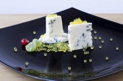 Dor蓝色和蜂蜜鱼子酱 免版税图库摄影