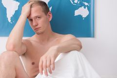 Dor de cabeça má da manhã Imagens de Stock