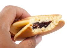 Dorayaki japanska röda Bean Pancakes på vit bakgrund arkivfoto