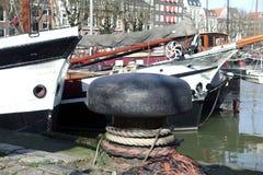 Dordrecht гавани inl столба зачаливания Нидерланд Стоковое Изображение