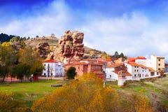 Dorf bei Alto Tajo im Herbst Stockbild