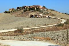 Dorf in der Toskana Stock Afbeelding