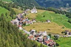 Dorf Dolomiti - Laste Lizenzfreies Stockbild
