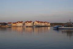Dorf durch das Meer Stockfotos