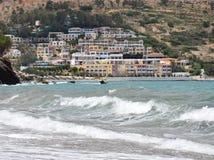 Dorf durch das Meer stockfoto
