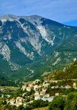 Dorf in Frankreich Stockbilder
