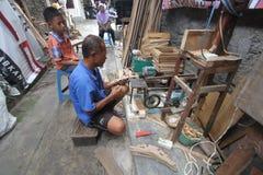 Dorf-Handwerks-Hersteller Birdcage Stockfoto