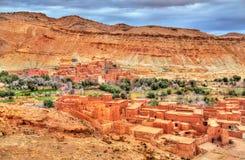 Dorf im Asif Ounila-Tal in den hohen Atlas-Bergen, Marokko Stockbilder
