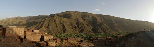 Dorf im hohen Atlas Stockfoto