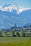 Dorf im Tal Lizenzfreie Stockbilder
