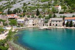 Dorf in Kroatien Lizenzfreie Stockfotografie