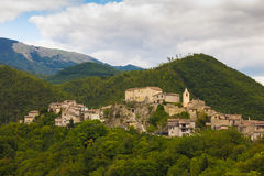 Dorf Lazios Apennines lizenzfreie stockfotos