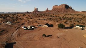 "Dorf nahe dem Oljato†""Monument-Tal in Arizona Ranch hou lizenzfreie stockbilder"