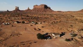 "Dorf nahe dem Oljato†""Monument-Tal in Arizona Ranch hou stockfotos"
