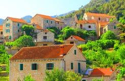 Dorf Pitve Stockfoto