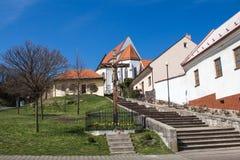 Dorf Svaty Jur, Slowakei Stockfotos